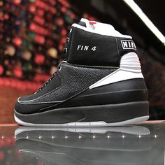Air Jordan 2 Retro - Michael Finley PE