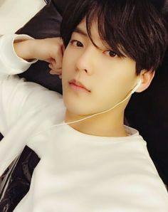 kpop song I can't sleep tonight Btob Lee Minhyuk, Lee Changsub, Yook Sungjae, K Pop, Btob Members, Im Hyun Sik, Handsome Korean Actors, I Cant Sleep, Cube Entertainment