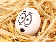 Beim Kochen und Backen sind Eier eigentlich unersetzlich. Eigentlich. EAT SMARTER stellt Ihnen 7 vegane Alternativen vor.