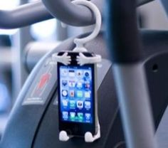 Hang your smartphone nearly anywhere with Bondi | iPhone Atlas - CNET Reviews