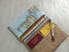 **Praktisches, tolles Mäppchen, supergeignet für Reiseunterlagen.** _ Dieses Etui hält alles wunderbar zusammen, was man so auf Reisen braucht: Reisepass, Flugticket, Hotelvoucher oder...