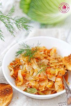 Young cabbage with dill and tomatoes - młoda kapusta z koperkiem i pomidorami