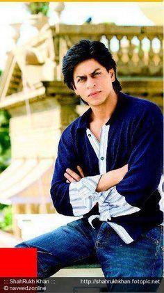 Shahrukh Khan - At his home Mannat.