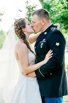 Military Army Wedding at the East Texas Arboretum in Athens Texas by Holly Grace Photography Army Wedding, Military Weddings, Military Army, Athens, Texas, Photography, Fashion, Fotografie, Moda