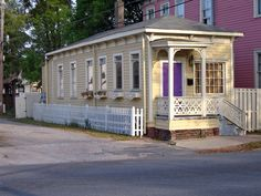 One-Story. Savannah, GA.