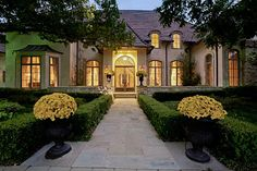 Landscaped entry. Would love to gave guests walk up to this when visiting.