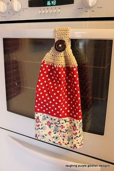 laughing purple goldfish designs: Crochet Tea Towel Topper