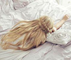 mushi-and-junior: greek mythology moodboards: HEMERA primordial… Disney Aesthetic, Princess Aesthetic, Character Aesthetic, Rapunzel, Princess Aurora, Princess Zelda, Barbie Movies, Disney Sleeping Beauty, Modern Disney