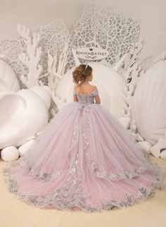 Blush pink and Silver Flower Girl Dress - Birthday Wedding party Bridesmaid Holiday Blush pink and Silver Flower Girl Dress - Ballkleider kinder - Girls Pageant Dresses, Gowns For Girls, Little Girl Dresses, Flower Girl Dresses, Princess Tutu Dresses, Mode Kylie Jenner, Purple Flower Girls, Kids Gown, Quince Dresses