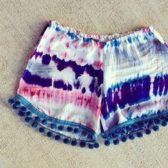 Pom Pom Shorts by Surcees Short Outfits, Summer Outfits, Summer Shorts, Pretty Outfits, Cute Outfits, Boho, Pom Pom Shorts, Diy Clothes Videos, Dress Me Up