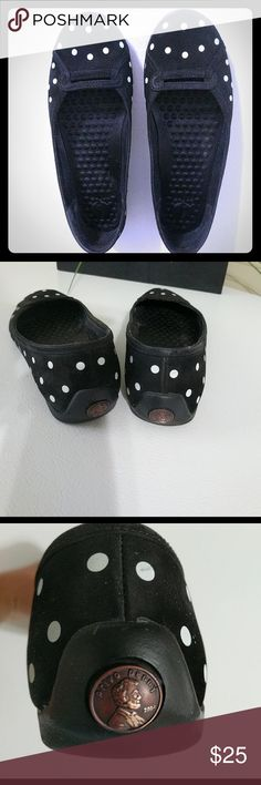 🆕LISTING! Privo B&W Polka Dot Flats EUC, unfortunately these adorable black & white polka dot fabric Privo's are a reposh, they are just too big for me!  worn only a few times by previous posher, only once for a couple hours by me, so they are like new condition! My loss is your gain! Ships from smoke free home! Privo Shoes Flats & Loafers