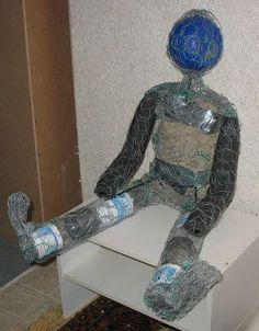 My Hypertufa Projects – creating hypertufa sculptures Cement Art, Concrete Crafts, Concrete Art, Concrete Projects, Concrete Garden, Cement Flower Pots, Mosaic Flower Pots, Mosaic Pots, Pebble Mosaic