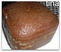 dolce al cioccolato con la macchina del pane