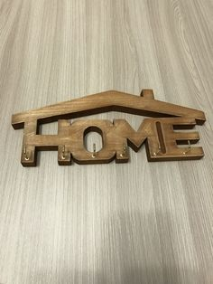 Coat rack home Wooden Projects, Diy Pallet Projects, Wooden Crafts, Wooden Key Holder, Wall Key Holder, Scroll Pattern, Scroll Saw Patterns, Cool Woodworking Projects, Woodworking Plans