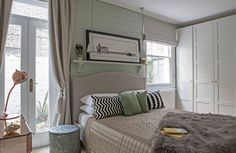 Let There Be Light - A Small, Secluded London Apartment — Heart Home Interior Design London, London Apartment, Open Plan Living, Country Chic, Living Area, Small Spaces, Design Inspiration, House Styles, Furniture