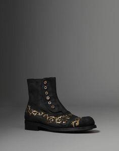 The Baroque Gentleman. Dolce & Gabbana. Dinozze.com. Reflection. Inspiration.