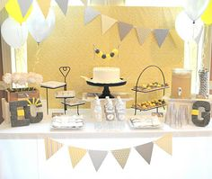 The Sweet Peach Paperie: Mod Giraffe Baby Shower Collection