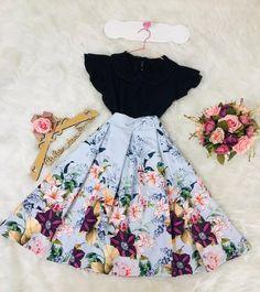 Modest Dresses at bargain prices Cute Casual Outfits, Pretty Outfits, Pretty Dresses, Beautiful Dresses, Modest Dresses, Modest Outfits, Skirt Outfits, Cute Fashion, Modest Fashion