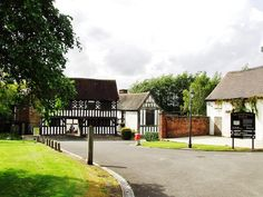THE MANOR HOUSE - WEST BROMWICH - click the picture to read my blog.