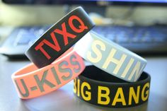 K-POP wrist bands!
