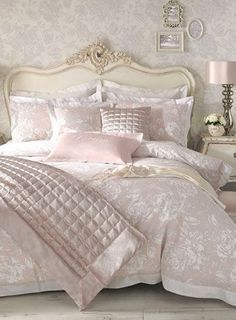 Holly Willoughby Elizabeth Shell Bedding - bedding sets - bedding sets - bedding  - Home, Lighting  Furniture £15
