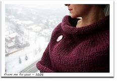 "Ravelry: ""Fig"" Big Cowl pattern by Karen Borrel"