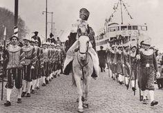 Sinterklaas 'Rotterdam' en Spaanse edellieden, jr. 60