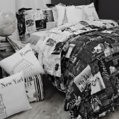 Travel themed bedroom - i love this comforter!!