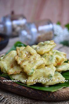 Diah Didi's Kitchen: Mendoan Imut Ala Kafe