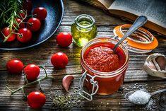 Canned Tomato Recipes, Homemade Tomato Sauce, Homemade Marinara, Classic Beef Stew, Tomato Jam, Tomatoe Sauce, Cherry Recipes, Tomato Paste, Bologna
