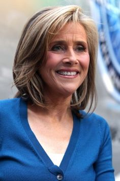 50 Hot Hairstyles For Over 50 | Meredith Viera's Pretty Highlights | Style Goes Strong