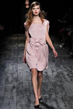 Nina Ricci Ready-to-Wear Fall 2012 (38)