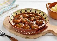 Chiftele marinate in sos de rosii – reteta video Beef, Foods, Kitchens, Meat, Food Food, Food Items, Steak