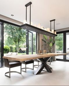 Dining Room Design, House Styles, Living Design, Dining Room Table, House Design, Dining Room Inspiration, House Interior, Home Deco, Interior Design Living Room Warm