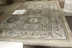 Mosaïque gallo-romaine Bourges (région centre) - complète