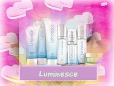 La ligne de soins pour la peau Luminesce redonne à votre peau la vitalité et l'éclat de la jeunesse. Estompe les rides et les ridules et révèle la luminosité unique de votre peau. Redonne à la peau la vitalité et l'éclat de la jeunesse.