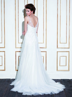GERONA / Blue Collection / Enzoani / Available Colours : Ivory, White (back)