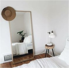 10 Secure Cool Ideas: Chic Minimalist Bedroom Dark Walls minimalist living room with kids interiors.Modern Minimalist Bedroom Clothing Racks minimalist home interior inspirational.Minimalist Home Tips Small Spaces. Home Decor Bedroom, Minimalist Home, Minimalist Bedroom Design, Home Bedroom, Bedroom Interior, Bedroom Design, Room Inspiration, Interior, Home Decor