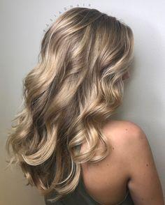 Natural Blonde Balayage . . . #Natural #Blonde #Balayage #Highlights
