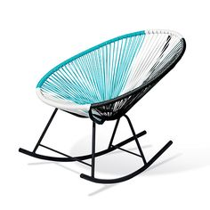 These Replica Rocking Chairs have a unique design. Weatherproof and easy to clean, these chairs are perfect for any space (Indoors and Semi Outdoor- Avoid Rain). The ergonomic design provides optimal comfort as well as a retro design. Patio Rocking Chairs, Garden Chairs, Outdoor Chairs, Scandi Home, Scandinavian Home, Home Decor Furniture, Furniture Making, Acapulco Chair, Cool Woodworking Projects