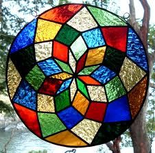 Mandala of Colors! Stained Glass Suncatchers, Faux Stained Glass, Stained Glass Designs, Stained Glass Panels, Stained Glass Projects, Stained Glass Patterns, Leaded Glass, Mosaic Patterns, Mosaic Art