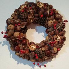 jeseň Christmas Wreaths, Holiday Decor, Home Decor, Decoration Home, Room Decor, Home Interior Design, Home Decoration, Interior Design