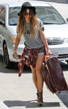 Steal their Style: Hottest Celebs??? Outfits of The Week Vanessa Hudgens Boho Vanessa Hudgens Boho-chic look at LAX