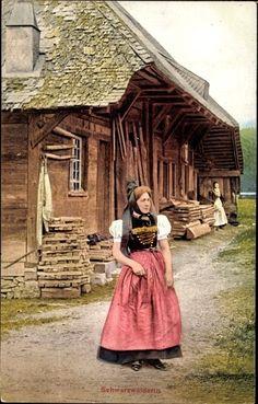 Ansichtskarte / Postkarte Trachten Schwarzwald, Schwarzwälderin in Tracht