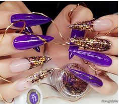 Luxeffect nail design in royal purple 👑❤👑 Gold Stiletto Nails, Glitter Nails, Nail Art Design 2017, Nail Art Designs, New Year's Nails, 3d Nails, New Years Nail Art, Hair Skin Nails, Purple Nails