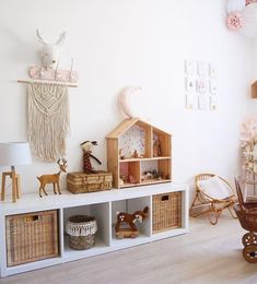 Wonderful Snap Shots Montessori bedroom - children's room - Montessori bedroom - order 2 Strategies In several dormitories Ikea bedrooms are very happy to be seen, as they supply numerous options for