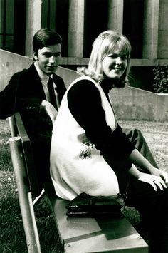 Students on bench outside Lentz Hall, 1960s :: Staubitz Archives Digital Images