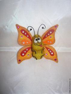 "Купить Брошь "" Бабочка крылышками бяк-бяк"" - разноцветный, бабочка брошь"