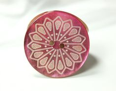 Shell Buttons - Rich Luster Mandala of Sword Pattern Pink Shell Buttons,1.07 inch, 6 Pcs on Etsy, $5.50