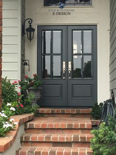 Best Exterior Door Color For Dark Gray House With White Trim? - Best Exterior Door Color For Dark Gray House With White Trim? and What Are The Best Paint Colours For A Front Door? Best Front Door Colors, Best Front Doors, Green Front Doors, Front Door Paint Colors, The Doors, Front Door Painting, Paint For Front Door, Colored Front Doors, Dark Grey Front Door